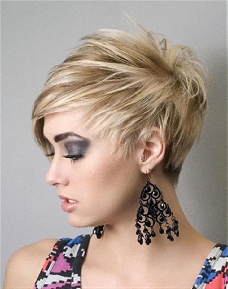 Современные женские прически из коротких волос