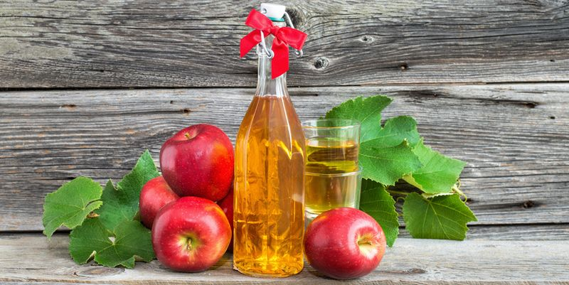 apple cider juice vinegar fruit juice bottle alcohol apple cider board rustic crop autumn drink drink fruit syrup homemade homemade glasses table fruit soft drink wine fresh wooden board