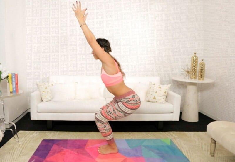 Эти 6 упражнений помогли похудеть и улучшить метаболизм! Нужно просто замереть в определенном положении на секунды