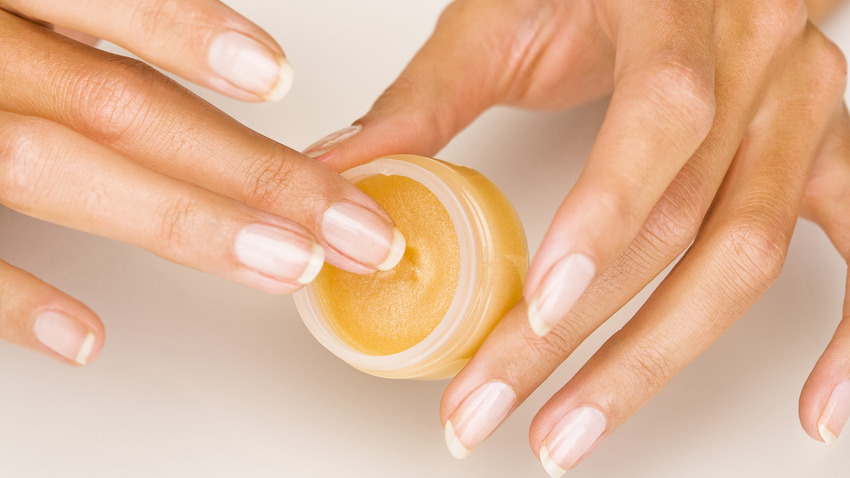 Воск для полировки ногтей в домашних условиях