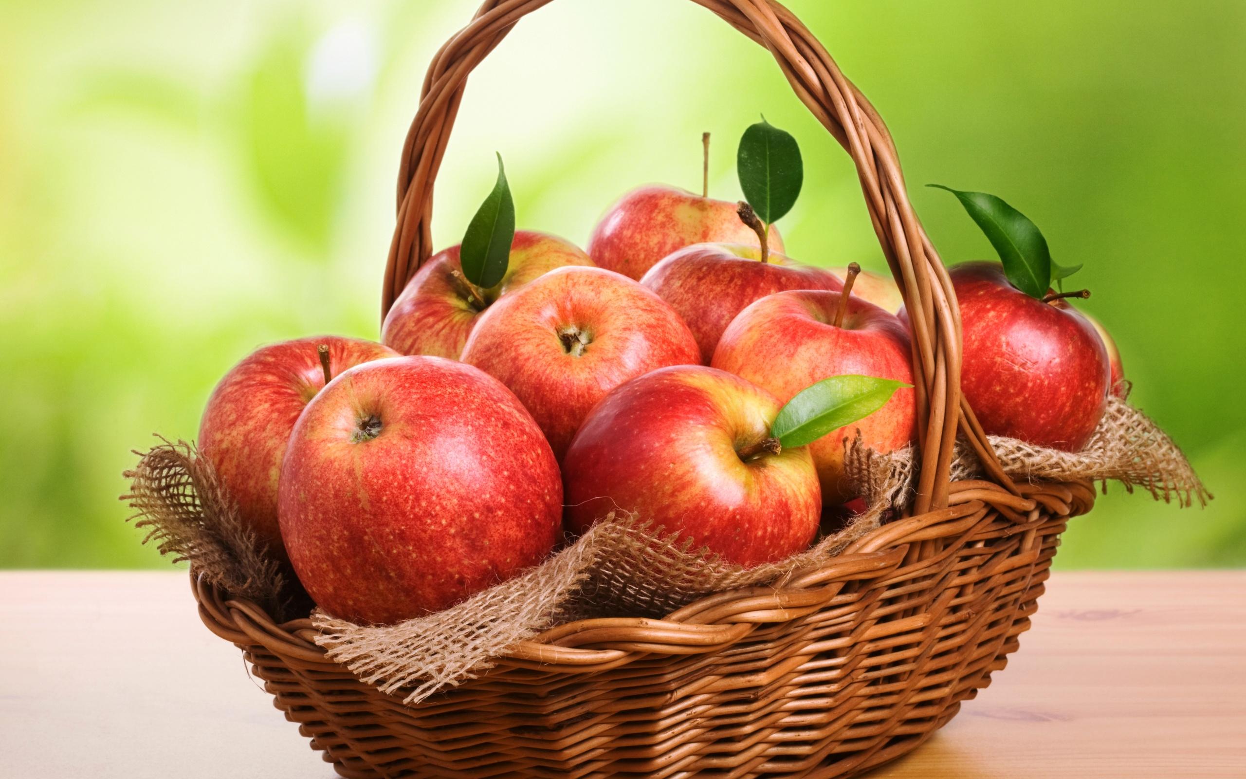 Картинка на рабочий стол яблоки во весь экран хорошее качество