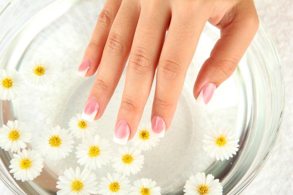 Средство от ломкости ногтей