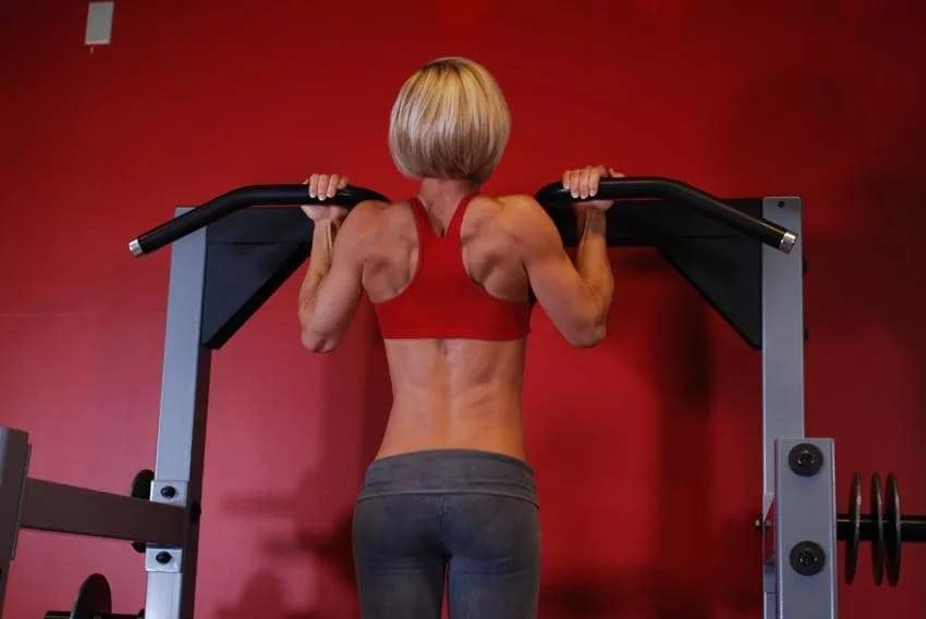 5 отличных упражнений для создания красивой спины
