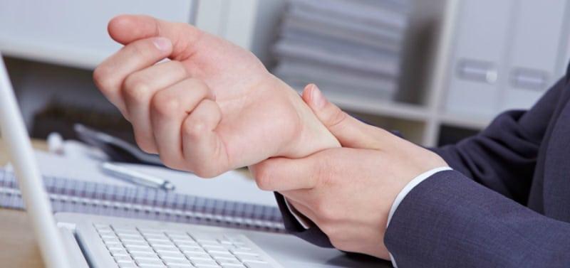 7 ответов на вопрос: Почему немеют руки?