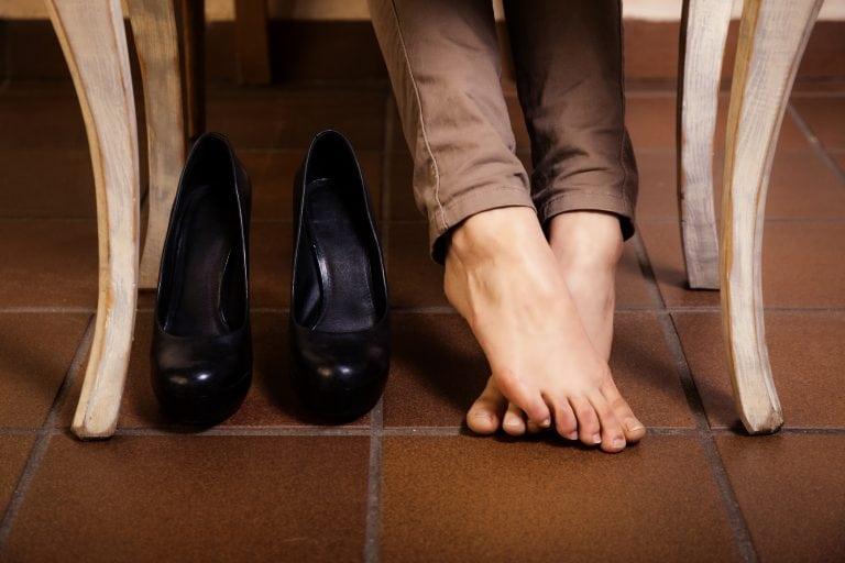 7 вариантов как избавить вашу обувь от ужасного запаха!