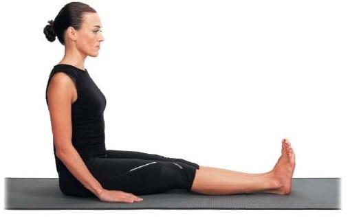 Чем опасна сутулость + 3 способа избавления от боли в шее с помощью йоги
