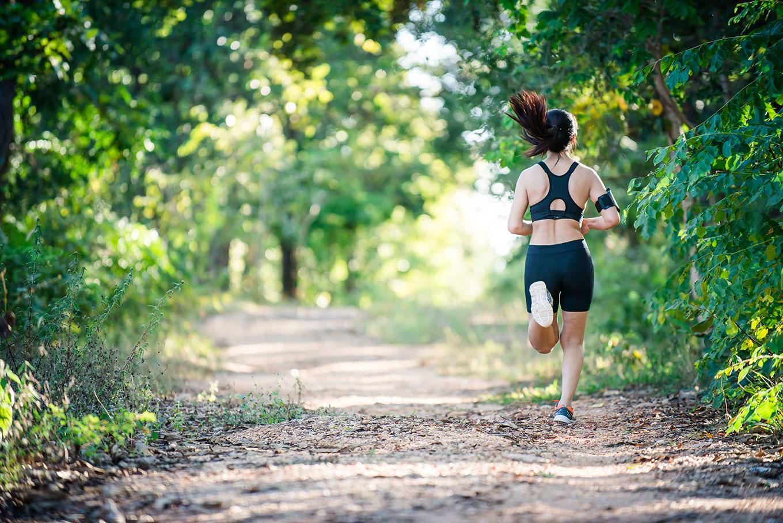 Как правильно бегать, чтобы быстро похудеть: техника и советы