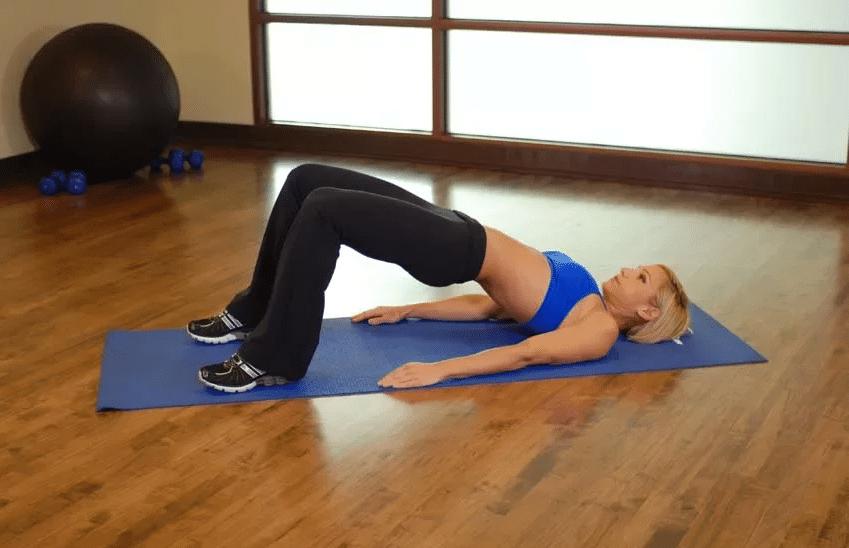 Лучшие упражнения на растяжку и гибкость для начинающих