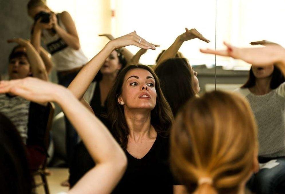 Волшебная гимнастика для лица от Анастасии Бурдюг