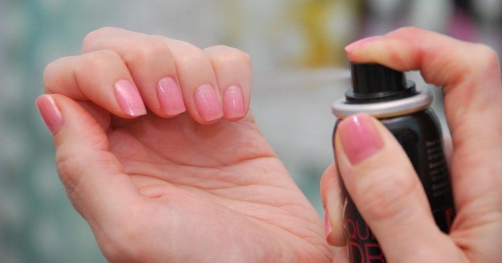 Топ-5 способов быстрой сушки лака на ногтях