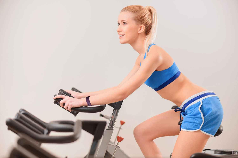 [BBBKEYWORD]. Велотренажер для похудения — как правильно заниматься на нем дома?