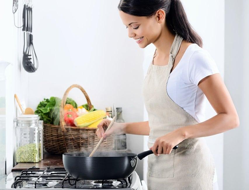 Как приготовить подливу с мясом? Топ-3 рецепта