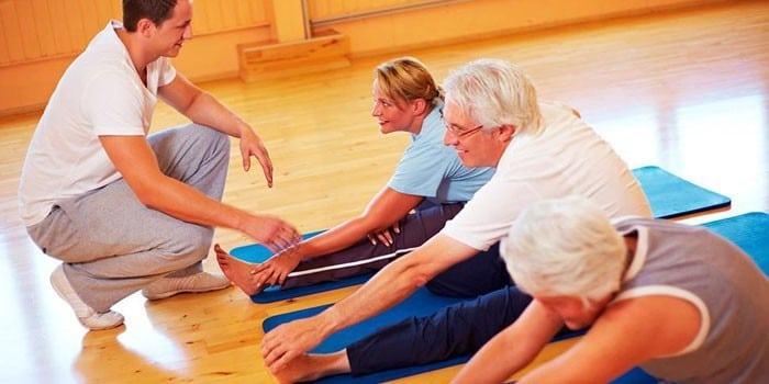 Лечебная гимнастика для позвоночника и суставов в домашних условиях